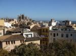 Catedral de Palma entre los tejados de la ciudad