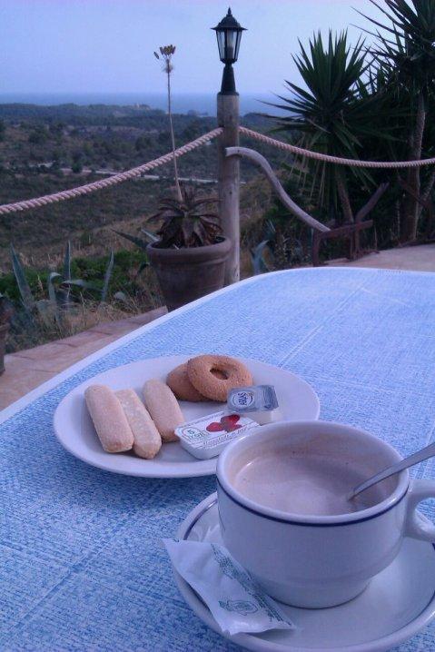 Desayunando en Sa Duaia