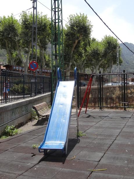 Parque junto a la estación de tren
