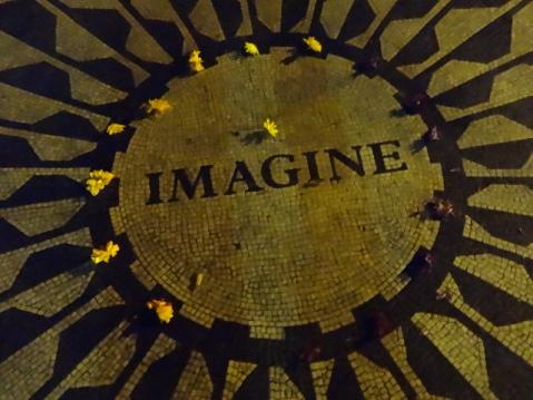 Escultura a John Lennon