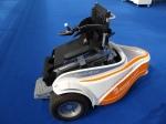 Vehículo especial que permite que los minusválidos puedan jugar al golf