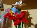 Flores echas de masilla