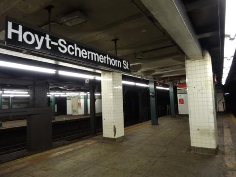 Estación de Hoyt-Schermehorn St