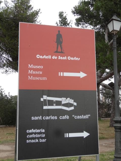 Cartel de entrada al Castillo de San Carlos