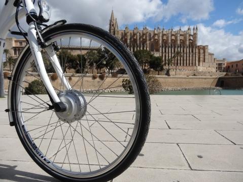 Bicicleta frente a la Catedral